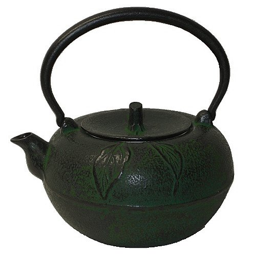 Large Green Apple Cast Iron Stove Top Teapot with Trivet, 54 Oz Capacity SCI Scandicrafts
