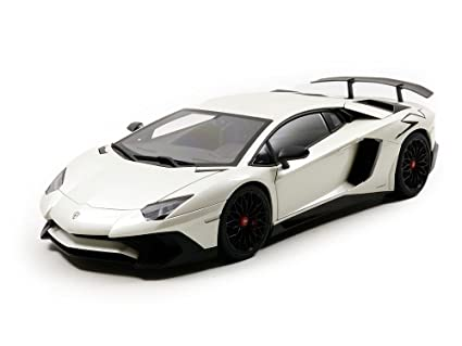 Amazon Com Lamborghini Aventador Lp750 4 Sv Bianco Canopus And