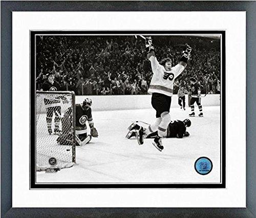 "Bobby Clarke Philadelphia Flyers NHL Action Photo (Size: 12.5"" x 15.5"") Framed"
