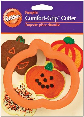 Halloween Comfort Grip Pumpkin Cutter -