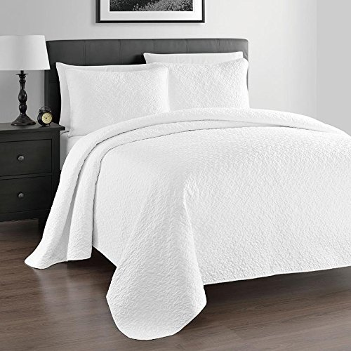 Amazing Zaria 3 Piece Quilt / Coverlet Set, King/Cal King, White