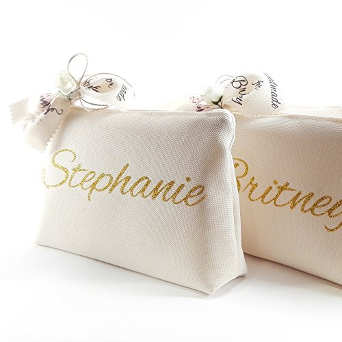 Personalized bridesmaid make up bag - Customized bachelorette gift - Gold glitter names by My Wedding Flare