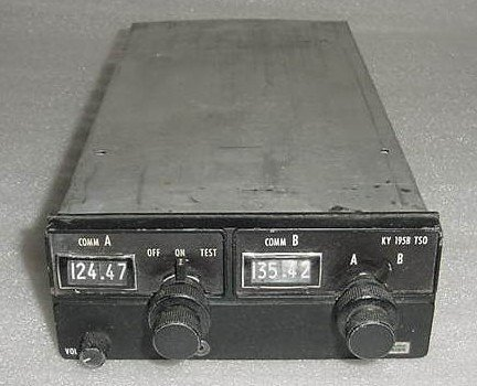 069-1021-00, KY-195B, King Avionics Dual 720 Ch Comm (Comm Transceiver)