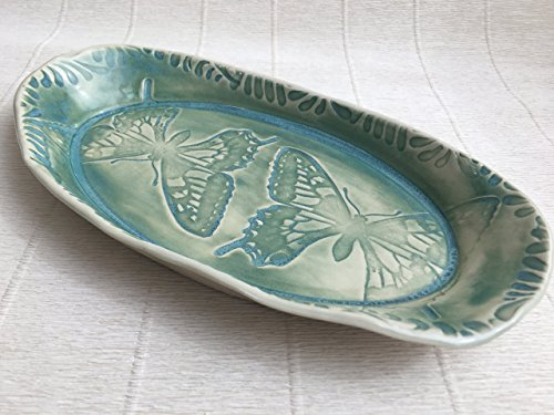 5.25in Bowl (JANECKA Green Butterfly Oval / Handmade Free Form Pottery Tray / 9.5