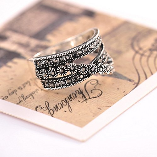 Mytys Vintage Chic Rhodium Plated Black Marquise Crystal Tiny Flowers Paved Cocktail Ring(9) Photo #3