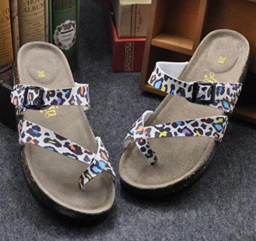 SK Studio - Zapatillas de estar por casa para hombre Leopard White Ground