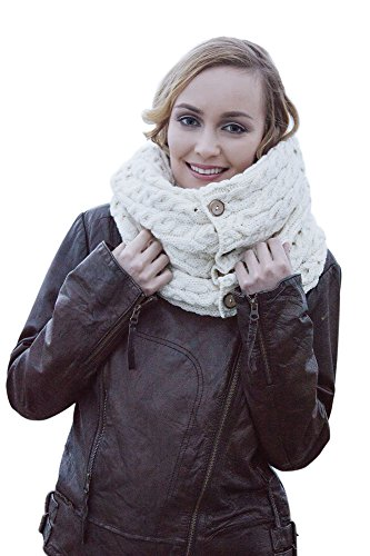 (Carraig Donn 100% Irish Merino Wool Snood with buttons)