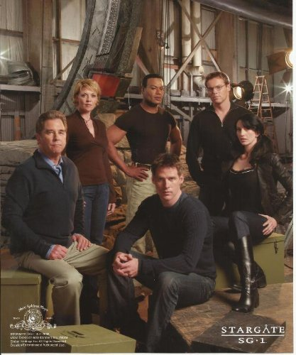 (Stargate SG-1 Continuum Cast Promotional Shot on Old Ship with Gate 8 x 10 Photo)