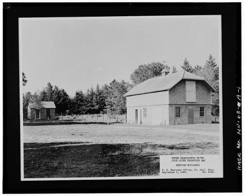 (HistoricalFindings Photo: Pine River Reservoir Dam,Barn,Cross Lake,Crow Wing County,MN,Minnesota,HAER)