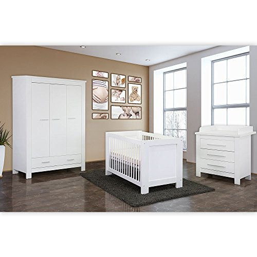 Babyzimmer 4-tlg. Enni mit 3-türigem Kleiderschrank in weiß