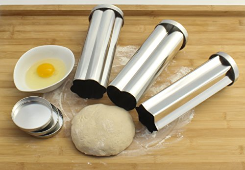 Zoie chloe 3 piece canape party bread mold set kitchen for Canape bread mold set