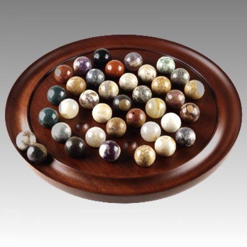 Authentic Models : GR005F : Solitaire aus Holz mit 38 Spielsteinen