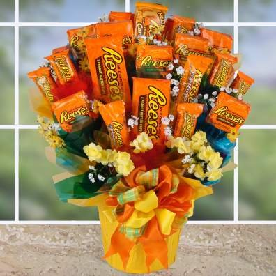 An American Classic Reese's Cups Candy Gift Set | Christmas Gift or Halloween Gift Idea (Halloween Ideas)