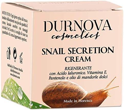 Crema natural con baba de caracol, aceite de almendras dulces, vitamina E, ácido hialurónico, arginina, hidrolato de rosa damascena, de 50 ml. ...
