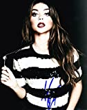 SARAH HYLAND SIGNED 8X10 PHOTO MODERN FAMILY HALEY DUNPHY AUTHENTIC AUTO COA D