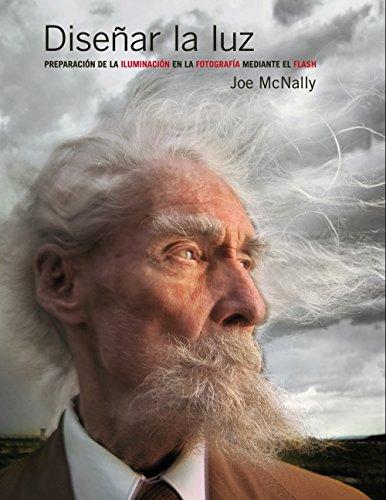 En la fotografía, lo esencial es la luz. La misteriosa y mágica, la luz que nos revela texturas, el material con que están hechos los objetos y la distancia a qué se encuentran. Joe McNally lleva 35 años narrando historias a través de la fotografía. ...