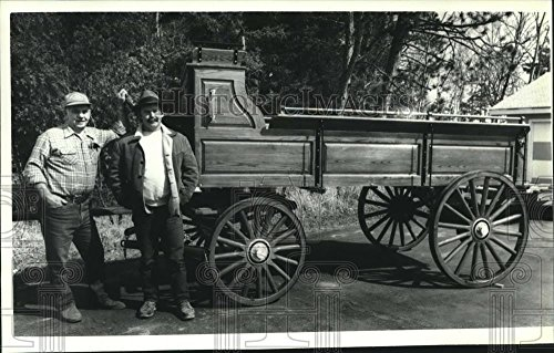 Vintage Photos 1991 Press Photo Tony and Dick Tody Create Handcrafted Old-Fashioned Wagons