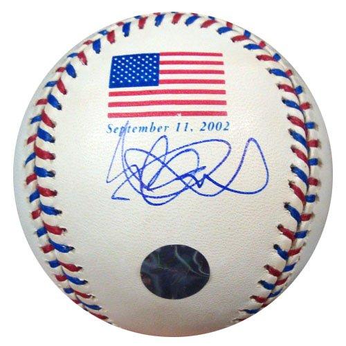 Ichiro Suzuki Autographed MLB American Flag 9/11/2002 Bas...