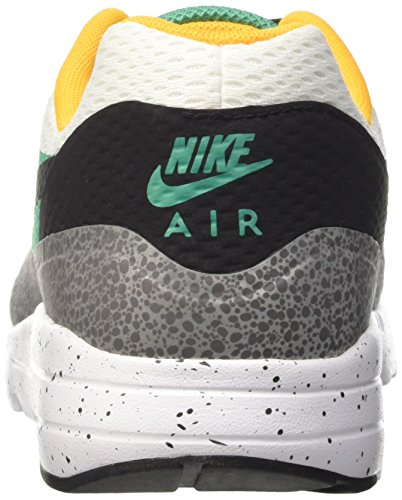 Nike Air Max 1 Ultra Essential, Zapatillas de Running para Hombre Blanco (White / Blk-Emrld Grn-Rflct Slvr)