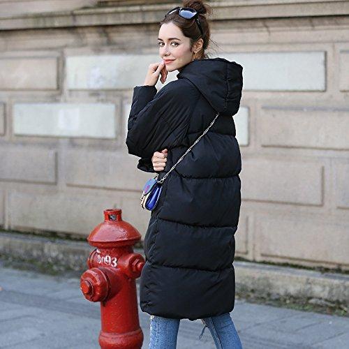 Abrigo grande con capucha acolchado de invierno en el largo párrafo sobre la chaqueta de las señoras de la rodilla gris