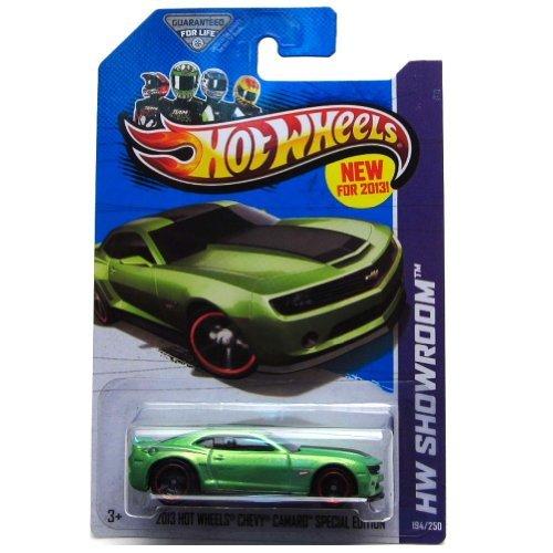 Hot Wheels HW Showroom 2013 Hot Wheels Chevy Camaro Special Edition 194/250, Green (2013 Camaro Hot Wheels Edition For Sale)