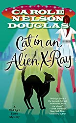 Cat in an Alien X-Ray: A Midnight Louie Mystery (Midnight Louie Mysteries)