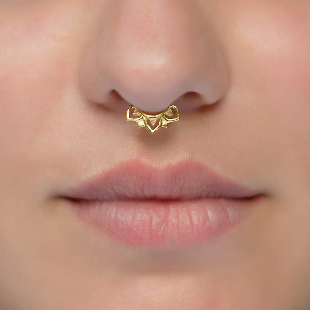 Amazon Com Tiny Fake Septum Nose Ring Indian Faux Gold Plated