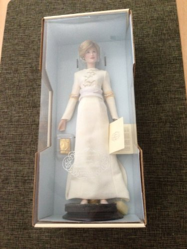 Princess Diana Porcelain Doll - Queen of Fashion by Franklin (Princess Diana Porcelain)