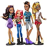 Monster High - Pack de 4 poupée exclusives - Clawdeen Loup, Howleen Loup, Clawd Loup et Clawdia Loup