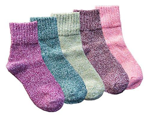 Amberzina Womens Retro Warm Athletics Ankle Socks for Women Plats Thick Novelty Christmas Cotton Knitting Wool Warm Winter Fall Crew Socks Winter Autumn Spring Soft Fuzzy Slipper Home Socks AMB001-B ()