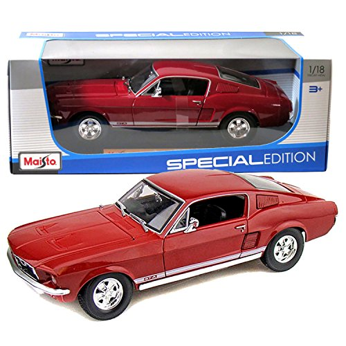 Maisto Year 2014 Special Edition Series 1:18 Scale Die Cast Car Set by Maisto Car Dimension: 10 x 3-1//2 x 3 Metallic Green Color Classic Coupe 1967 FORD MUSTANG GTA FASTBACK with Display Base