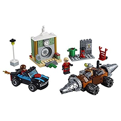 LEGO Juniors/4+ The Incredibles 2 Underminer Bank Heist 10760 Building Kit (149 Piece): Toys & Games
