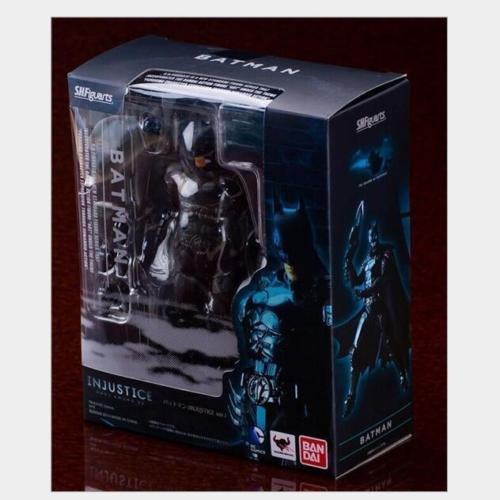 [SHF SH Figuarts Batman Injustice Ver Action Figure new in box] (Frank Miller Batman Costume)