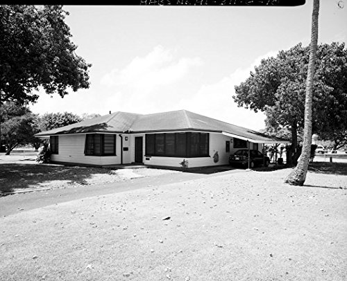 historic pictoric U.S. Marine Corps Base Hawaii, Kaneohe Bay, C.P.O. Club & Married Enlisted Men's Quarters, O'Neal Street between Moffat & Lawrence Roads, Kaneohe, Honolulu County, HI 4 20in x 16in