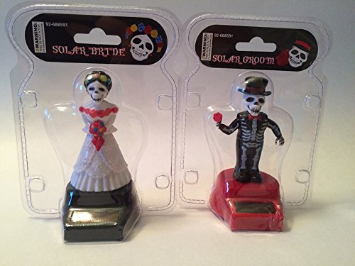 [Fun and Cute Toys Halloween Solar Dancing Skeleton Groom and Bride Solar Powered Dancing Figure for Halloween or Over the] (Road Sign Halloween Costumes)