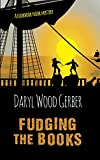 Fudging the Books (A Cookbook Nook Mystery)