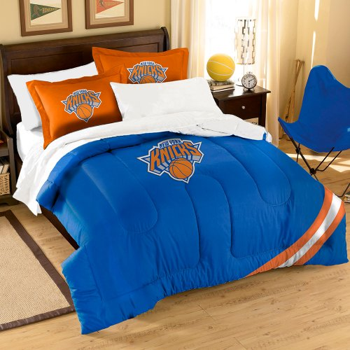 The Northwest Company Officially Licensed NBA New York Knicks Twin/Full Size Comforter with Sham Set