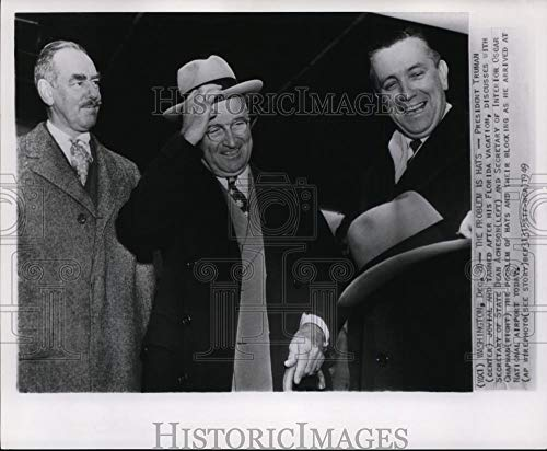 Historic Images - 1949 Vintage Press Photo Pres Harry Truman w/Sec of State Acheson at National Airport