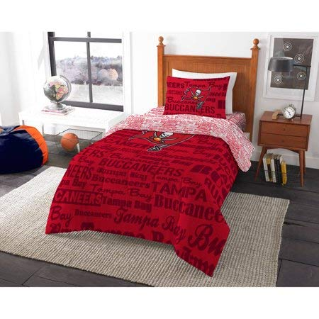 (Bed-in-a-Bag Tampa Bay Buccaneers Complete Bedding Set Twin)