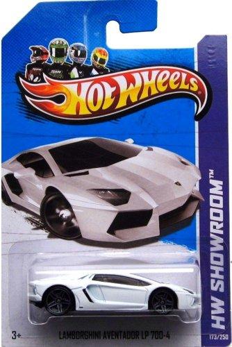 Hot Wheels HW Showroom Lamborghini Aventador LP 700-4 173/350