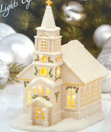 Lenox Holiday Christmas Village Church Building Figurine Lights Up Collectible Church New