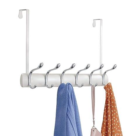 mDesign Perchero de puerta - Colgador de puerta con 12 ganchos - Cuelga ropa para abrigos
