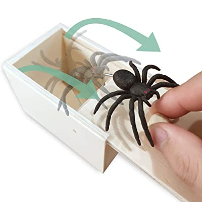 Kikole Spider Prank Scare Box,Wooden Surprise Box,Handmade Fun Practical Surprise Joke Boxes ,Gags & Practical Joke Toys Halloween April Fool's Day: Toys & Games