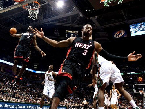 LeBron James Dwyane Wade Alley-oop NBA Print Poster