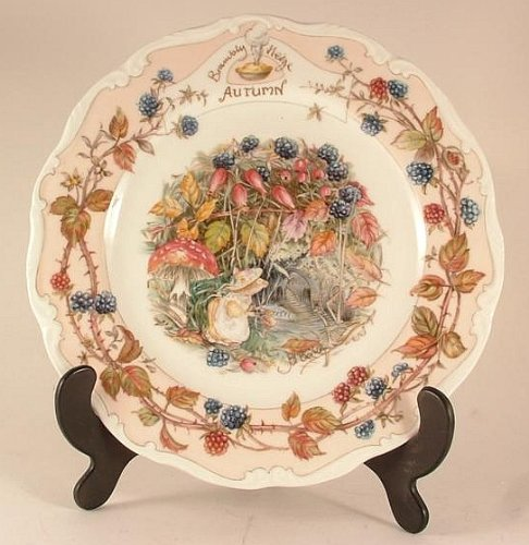 Royal Doulton Brambly Hedge Autumn plate by Jill Barklem 1982 - CP1056 Royal Doulton Brambly Hedge