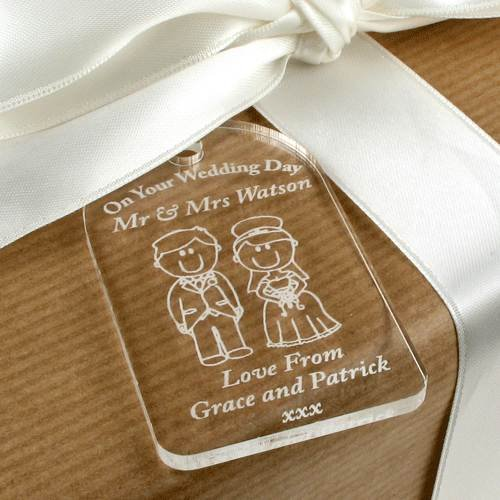 Bride Groom Gift Tag Wedding Label Traditional Personalised