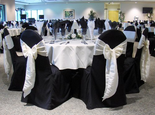 SPRINGROSE 100 Black Polyester Standard Round Top Banquet Wedding Chair Covers. Chair Sash is Not Included.