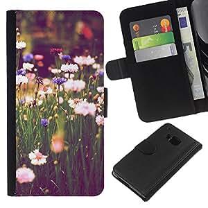 HTC One M7 Modelo colorido cuero carpeta tirón caso cubierta piel Holster Funda protección - Field Daisies Green Blooming Vignette