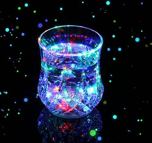 Pineapple Shape LED Wine Beer Cup Color Changing Flash Sensitive Light for Home Bar KTV Birthday Dance Party Celebration Halloween Christmas Events