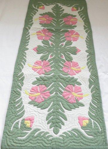 Hawaiian Quilt Wall Hanging - Hawaiian quilt wall hanging table runner 100% hand quilted/hand appliqued Hawaiiana